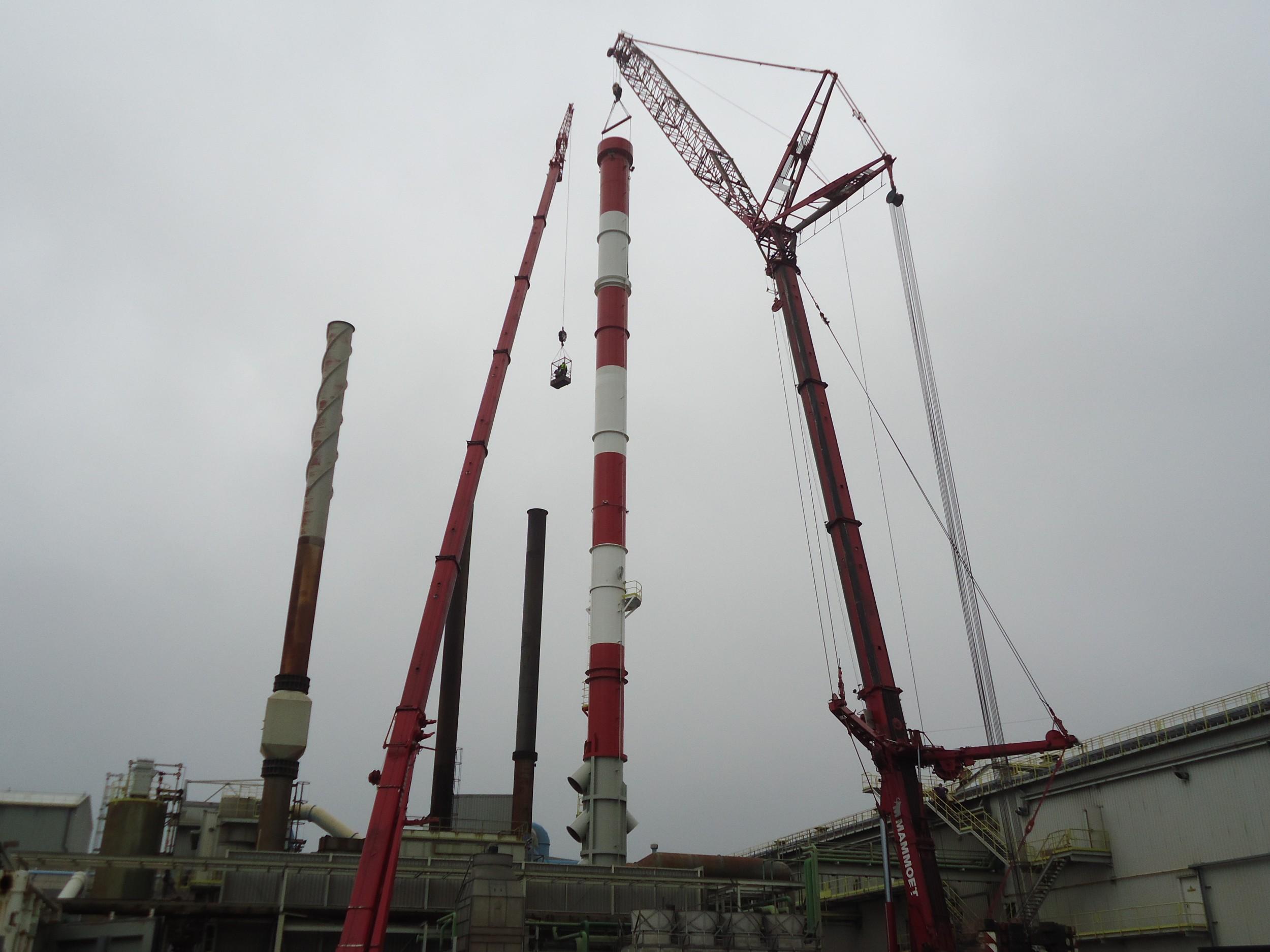 Montage Schornstein von 75m / Chimeny of 75m installation