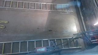 Montage: Austausch von Verschleisplatten in einen Fülltrichter / Replacement of wear plates in a waste feed chute
