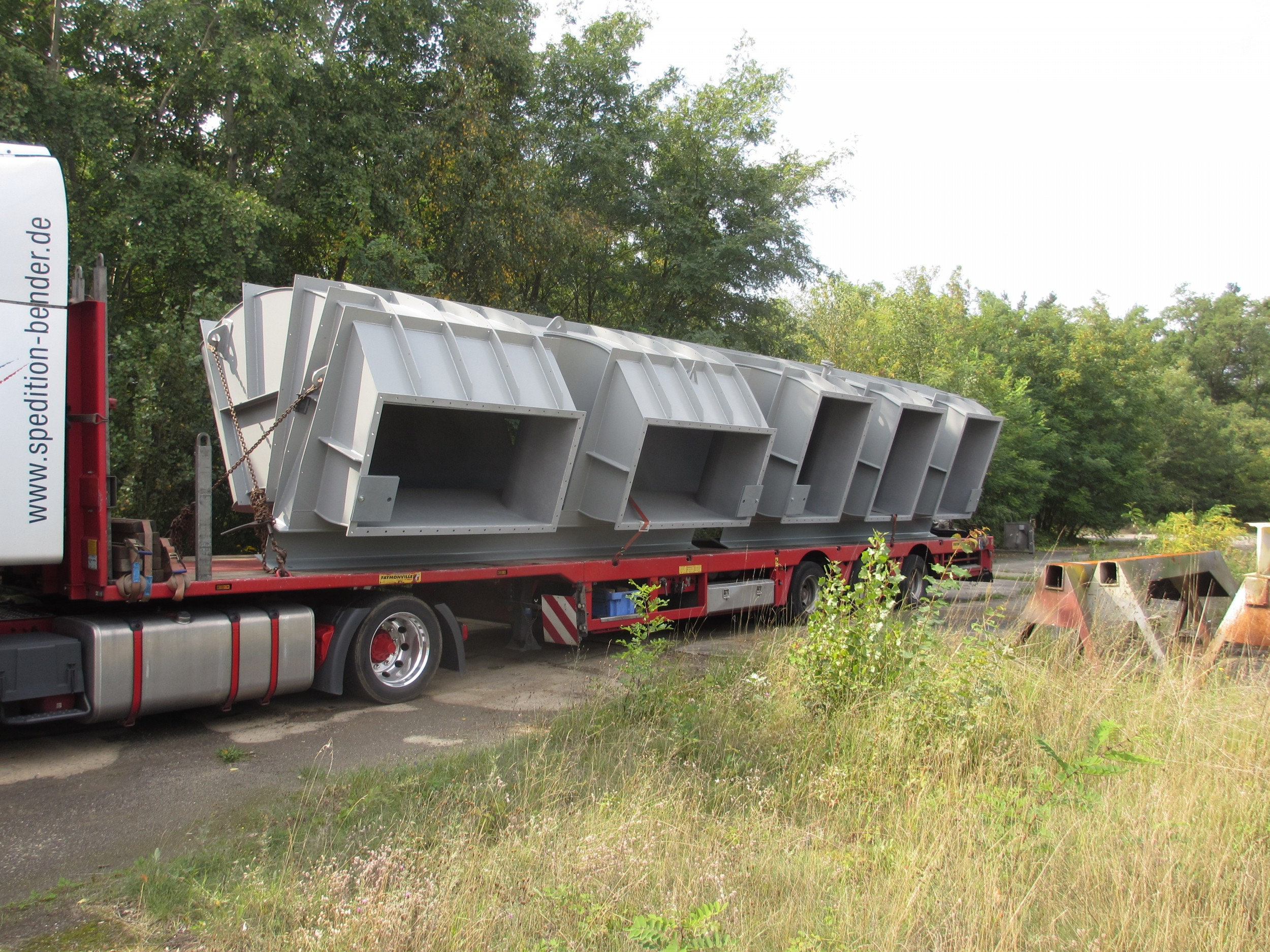 Sammelkanal - Fertig für Transport / Collecting duct - on transport
