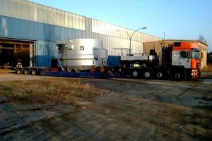 Schrottkorb - Transport / Scrap charging bucket on transport