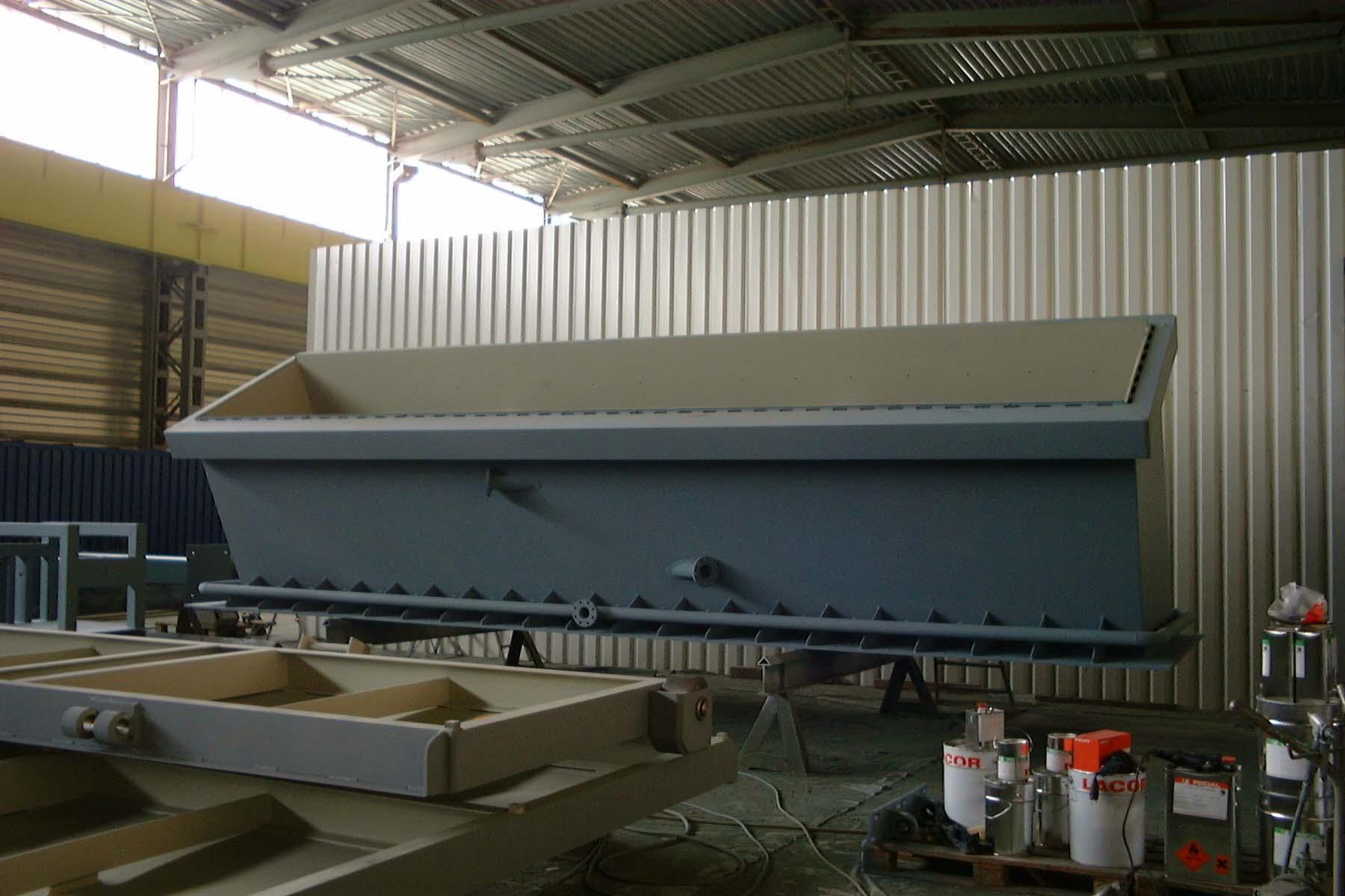 Unterteil Müll Füller / Part of a waste feed chute